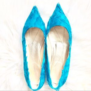 Like new teal feathered Kate Spade flats 7.5